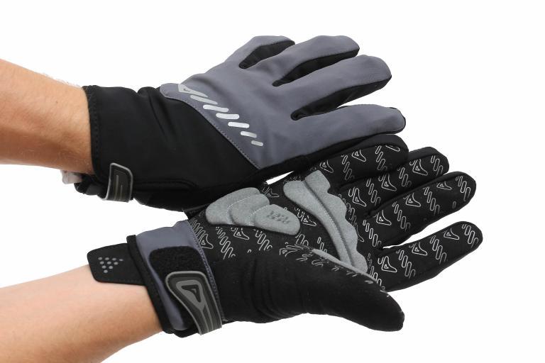 Altura Shield glove worn