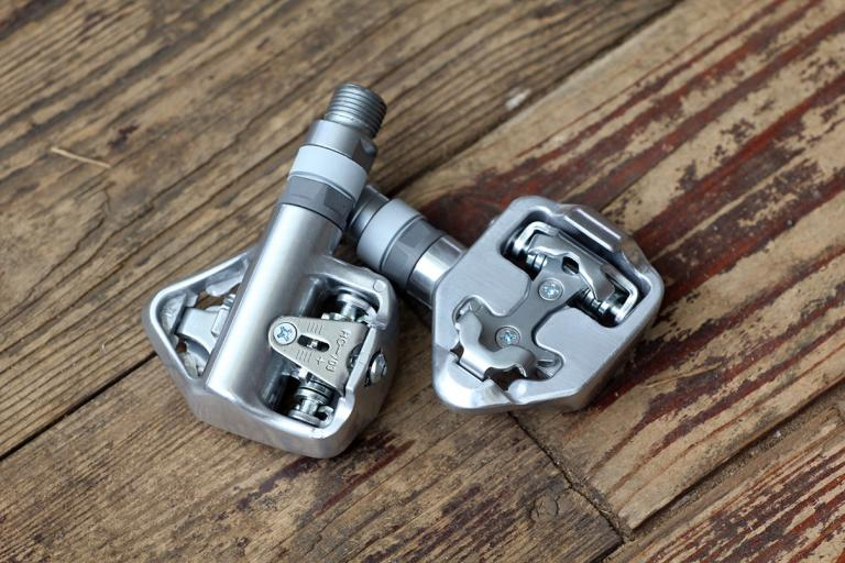 BTwin Automatic Touring Pedals