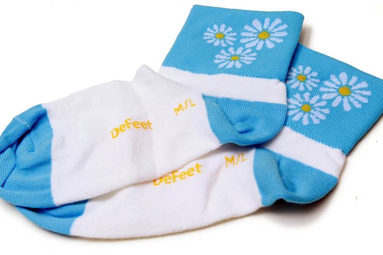 DeFeet Daisy Dukes socks