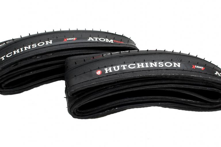 Hutchinson Atom Comp X-Light tyre