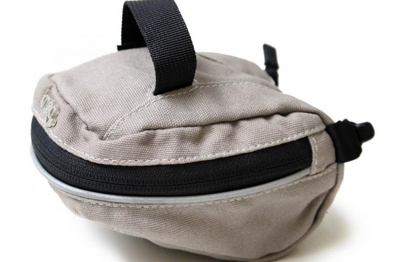 Knog The Saddle Dog saddle bag 1