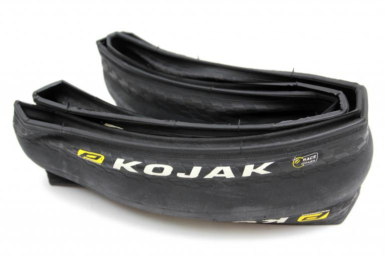 Schwalbe Kojak 700x35c tyre