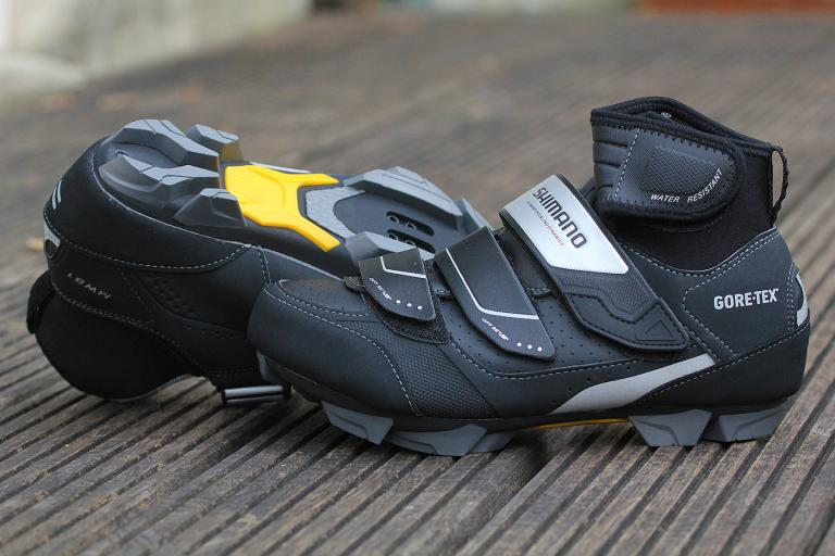 Shimano MW81 winter boots