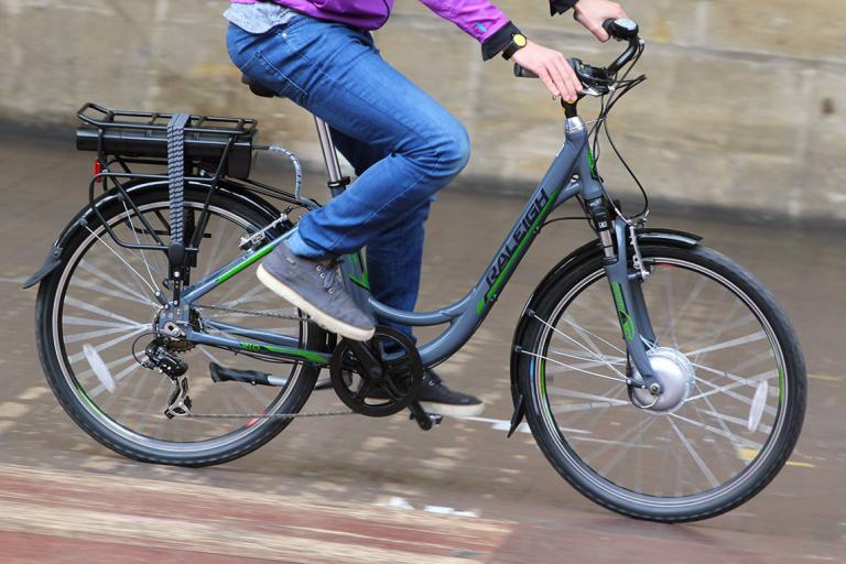 Raleigh Velo XC electric bike 04e6aa072