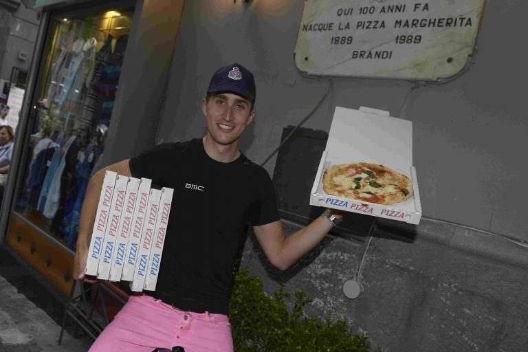 Taylor Phinney Pizza 03 (courtesy RCS Sport)