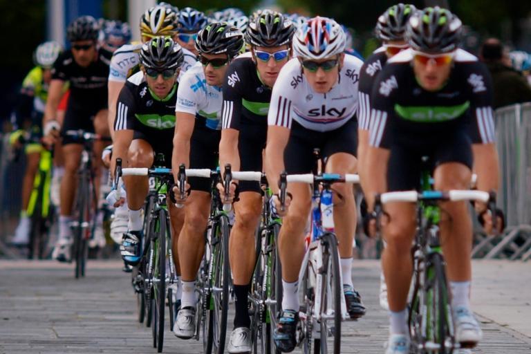 Team Sky lead the Tour of Britain peloton (copyright Simon MacMichael)