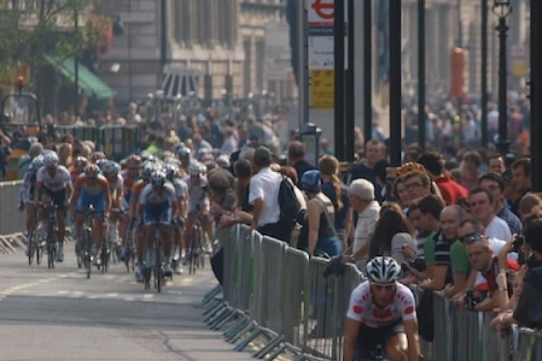 Thomas De Gendt attacks during the London Stage of the 2009 Tour of Britain
