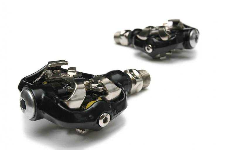 Revolution Contact clipless pedals