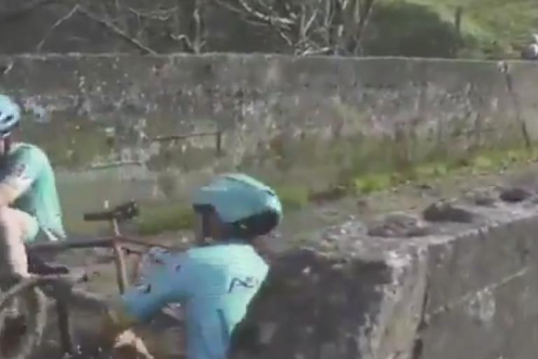 Izagirre brothers CX crash (via Tiwtter).PNG