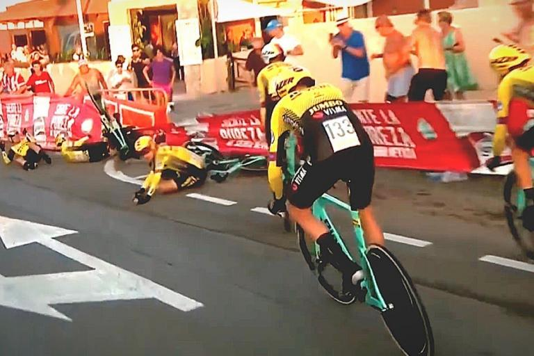 Jumbo-Visma Vuelta Stage 1 crash (via YouTube)