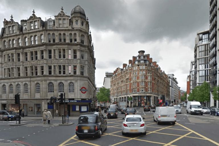 Junction of Sloane Street with Knightsbridge and Brompton Road (source Google Street View).PNG