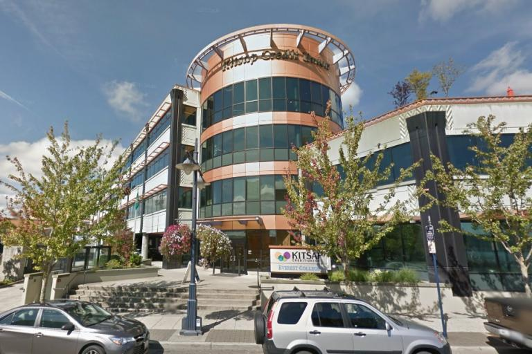 Kitsap Credit Union (image taken from Google StreetView).jpg