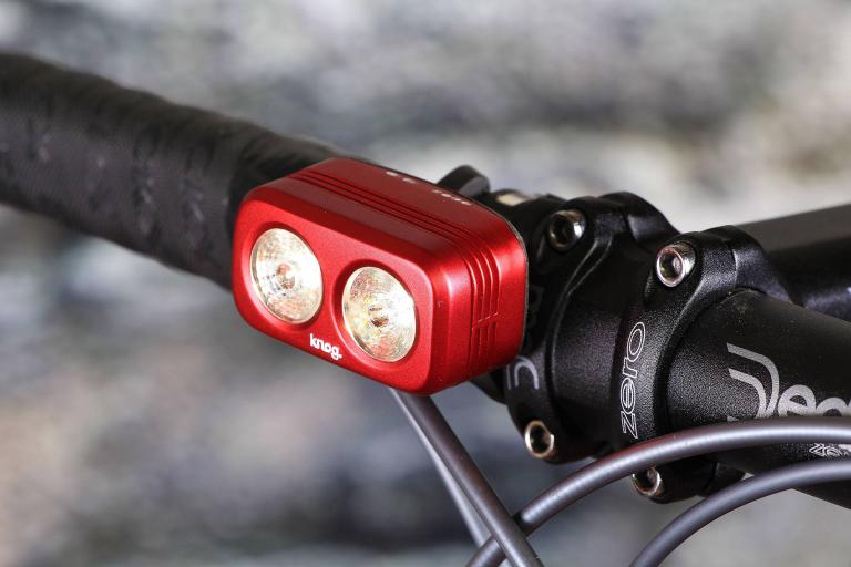 Knog Blinder Road 250.jpg