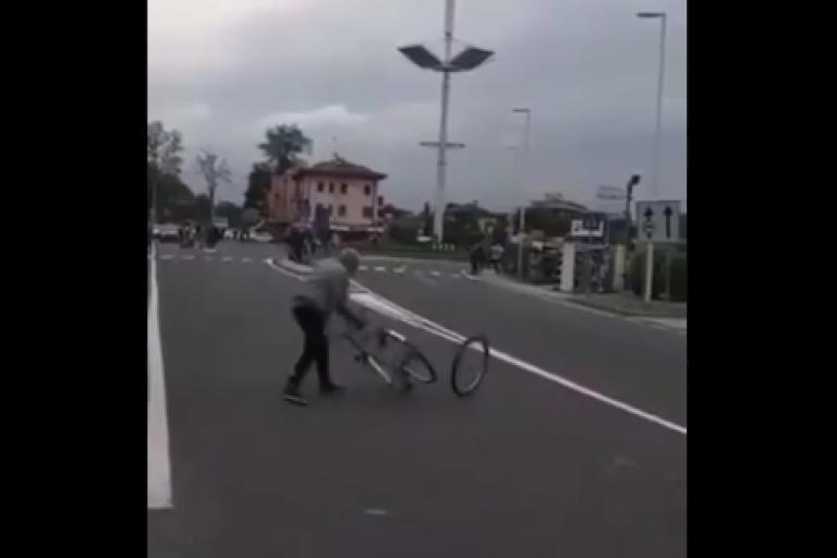 Man who placed biike in front of Giro d'Itallia.PNG