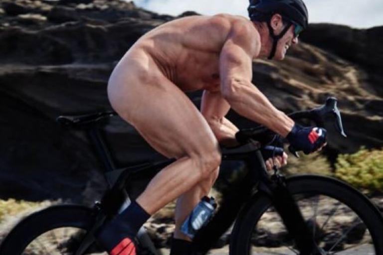 naked ride nude italy bike world
