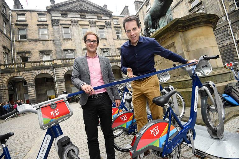 Mark Beaumont helps launch Ediburgh Just Eat Cycles scheme