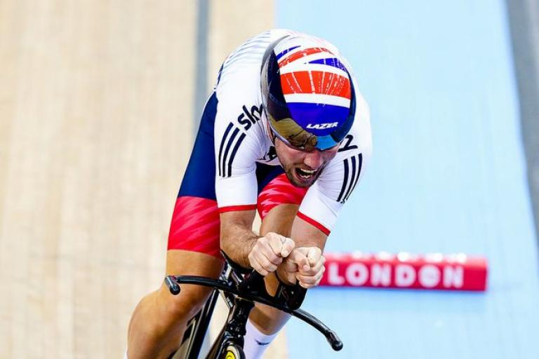 Mark Cavendish in Omnium kilo, London 2016, copyright Charlie Forgham-Bailey  SWPix.com, Britishcycling.org_.uk_.JPG