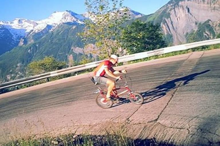 matt_richardson_on_the_alpe_dhuez.jpg