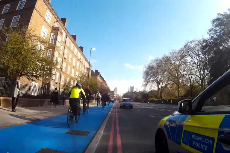 Met Police on CS7 (YouTube still from Clockwise Cycling)