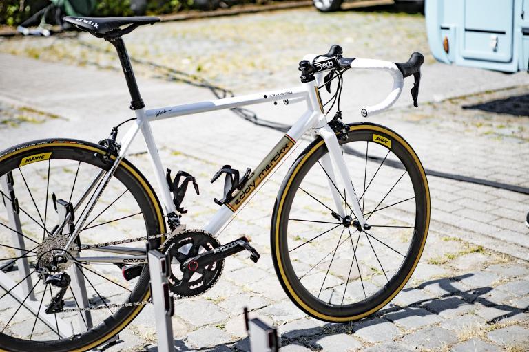 Oliver Naesen Eddy Merckx Corsa (4).jpg
