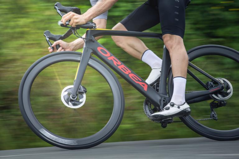 orbea_orca_aero_disc_launch_-_6.jpg