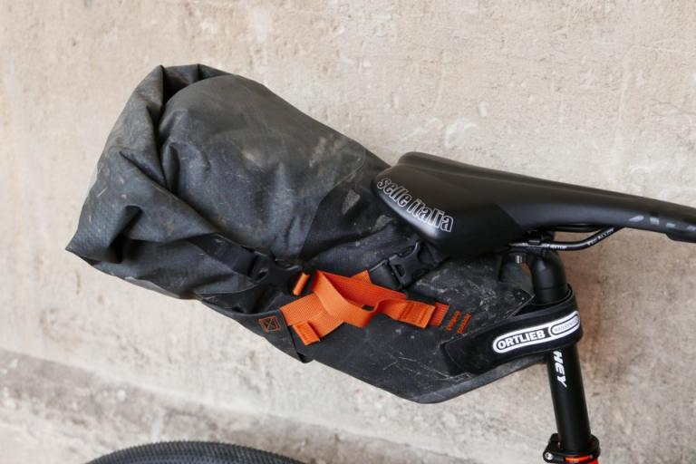 Ortlieb-Seat-pack-11L-review-100