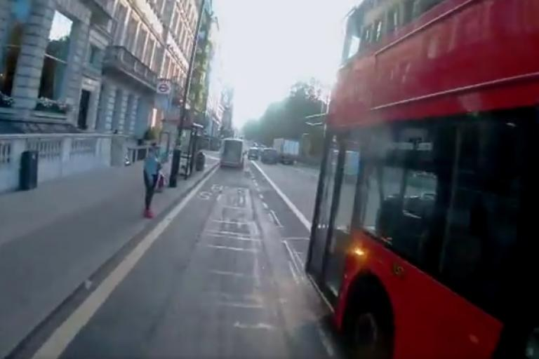 Overtake and pull-in (via Twitter video)