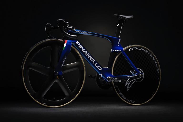 Pinarello MAAT 2020 track bike - 2.jpg