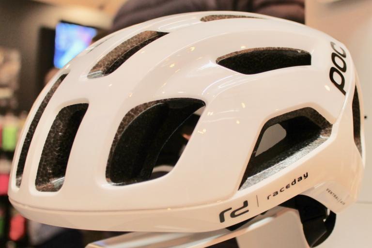 Poc Ventral Air helmet 2019 - 1.jpg