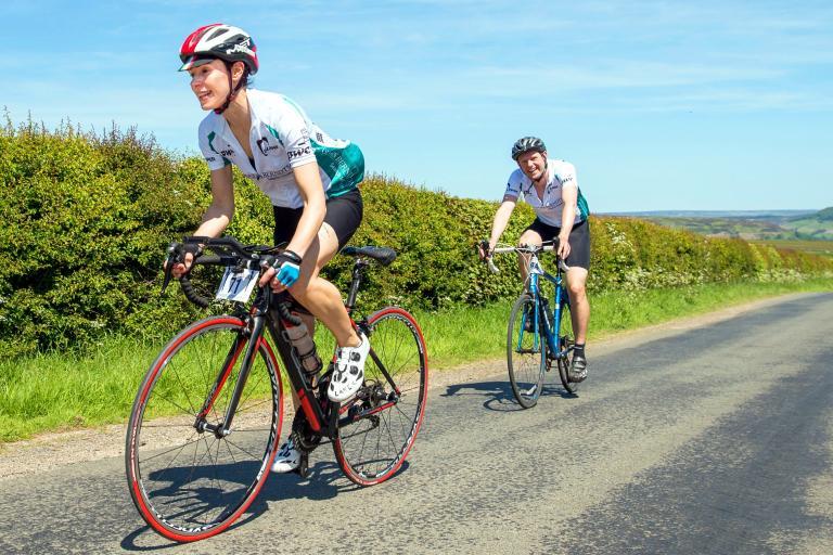 PWC Yorkshire Cycle Ride (CC BY 2.0 Allan McKenzie|Flickr).jpg