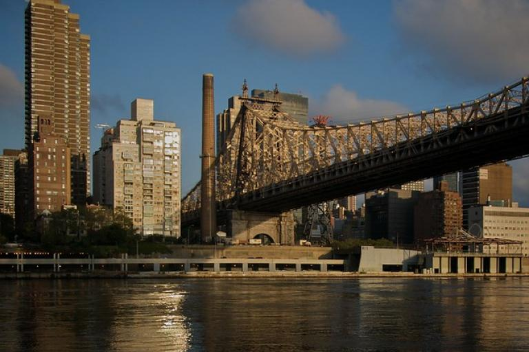 Queensboro Bridge (picture copyright Simon MacMichael)
