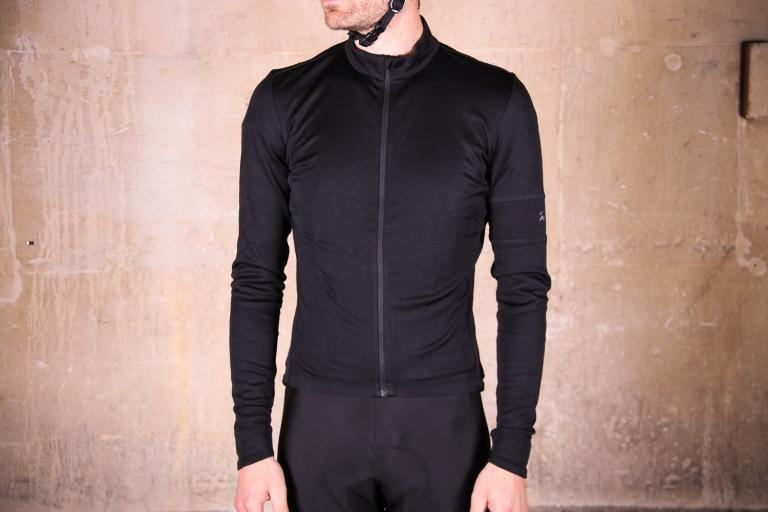 Review  Rapha Classic Long Sleeve Jersey II  61c85a8c0