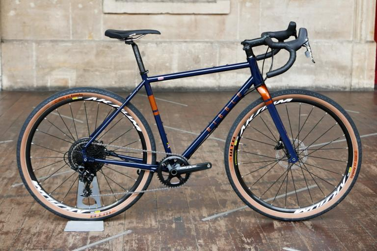 Ribble-CGR-725-SRAM-Rival-first-look-review-101