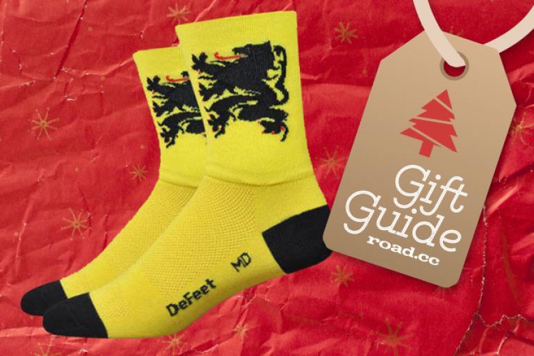 roadcc-xmasgifts-socks.jpg