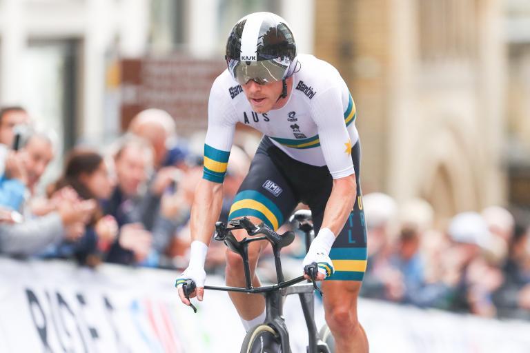 Rohan Dennis retains world TT title in Harrogate (picture Simon Wilksinson, SWPix.com).JPG