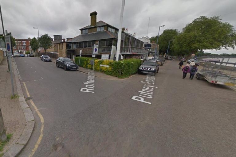 Rotherwood Road - Putney Embankment (via StreetView).jpg