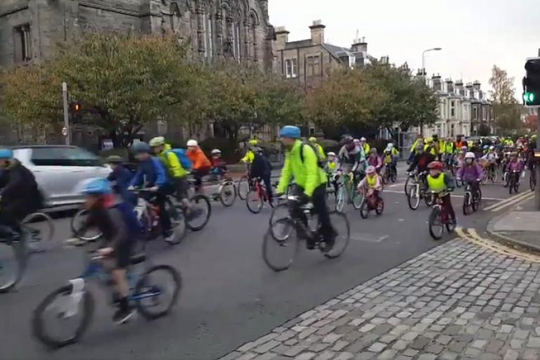 Sciennes Primary cycling bus (via Twitter video)