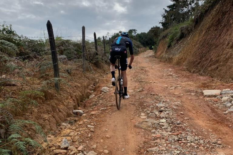 Froome riding pinarello bolide on gravel (from strava)