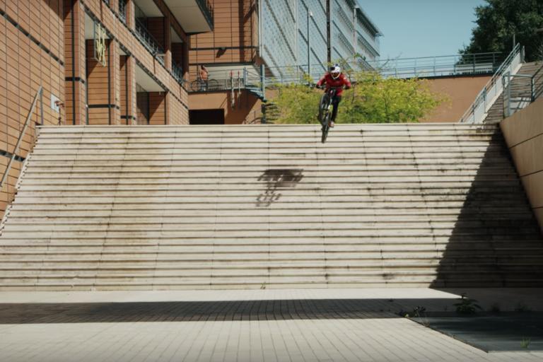 Video: Urban Freeride Lives - Fabio Wibmer