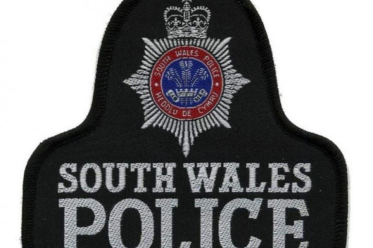 South Wales Police badge (CC licensed by Dave Conner via Flickr).jpg