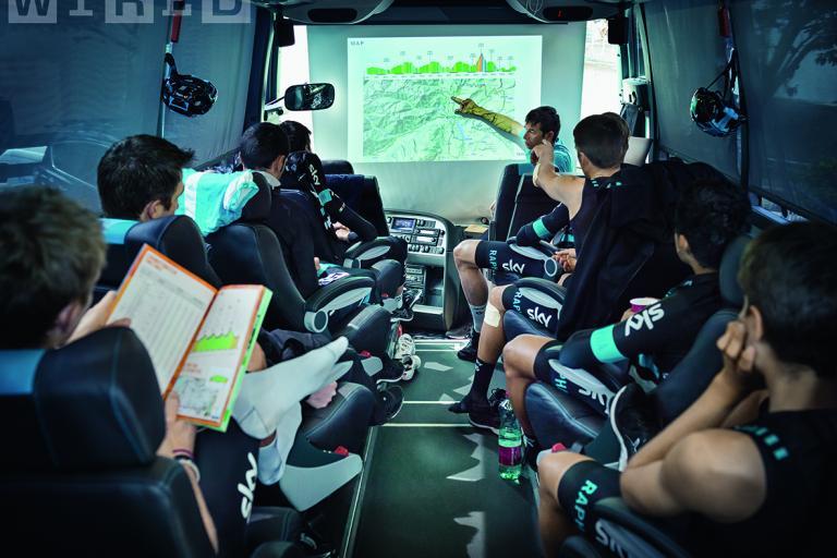 Sports director Dario Cioni briefs riders ahead of Stage 3 of the Giro del Trentino (picture credit Aorta).jpg