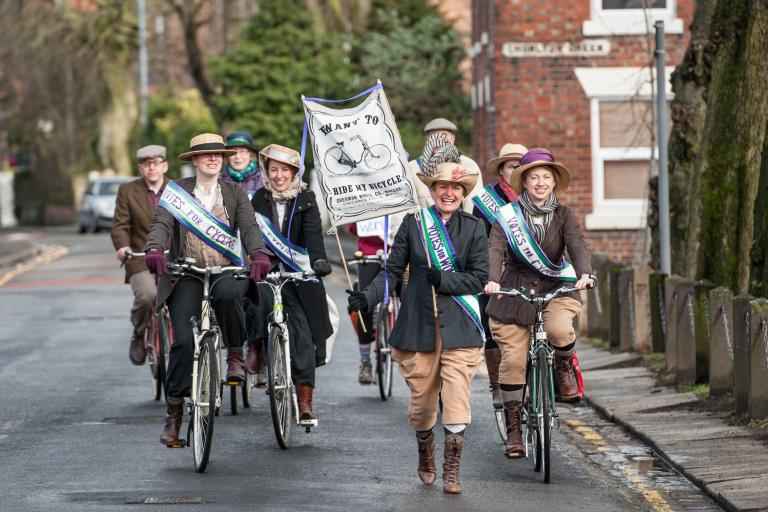Suffragette_bike_ride_2016.jpg