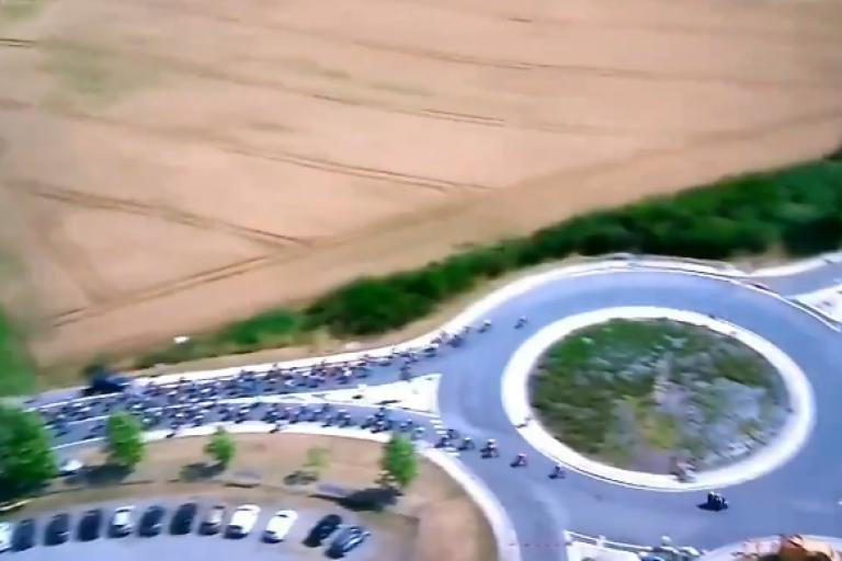 TdF Stage 10 roundabout.PNG