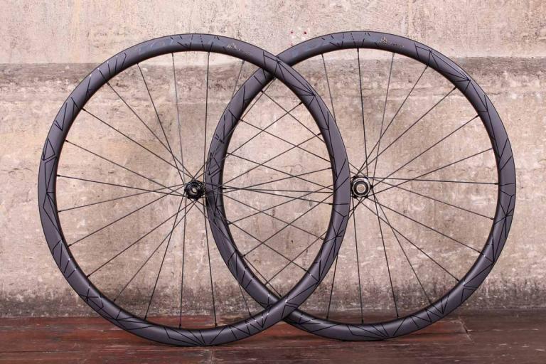 700c Disc Wheelset >> Review: Fulcrum Racing Quattro Carbon DB wheelset   road.cc