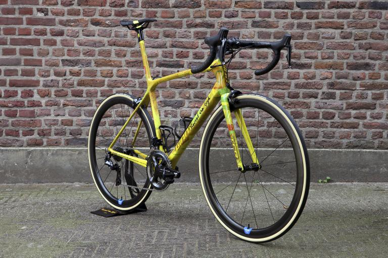 Tom Dumoulin's Vincent Van Gogh inspired Giant road bike5