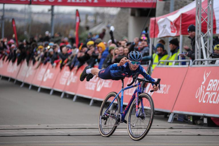 Tom Pidcock celebrates winning 2019 senior national cyclo-cross championship (picture credit 5311 Media)