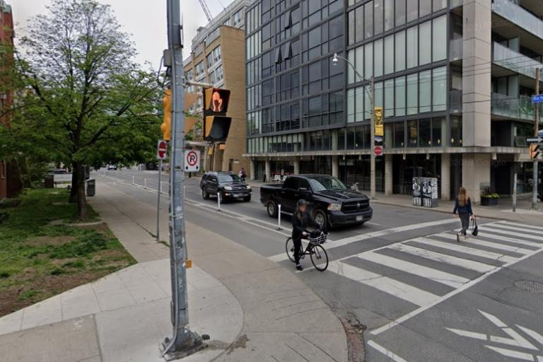 Toronto cycle lane (via StreetView)