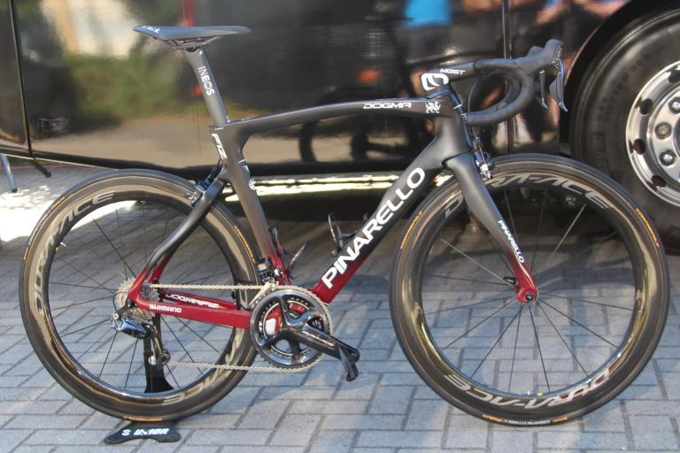 Tour de France 2019 Team Ineos Pinarello Dogma F12 - 1.jpg