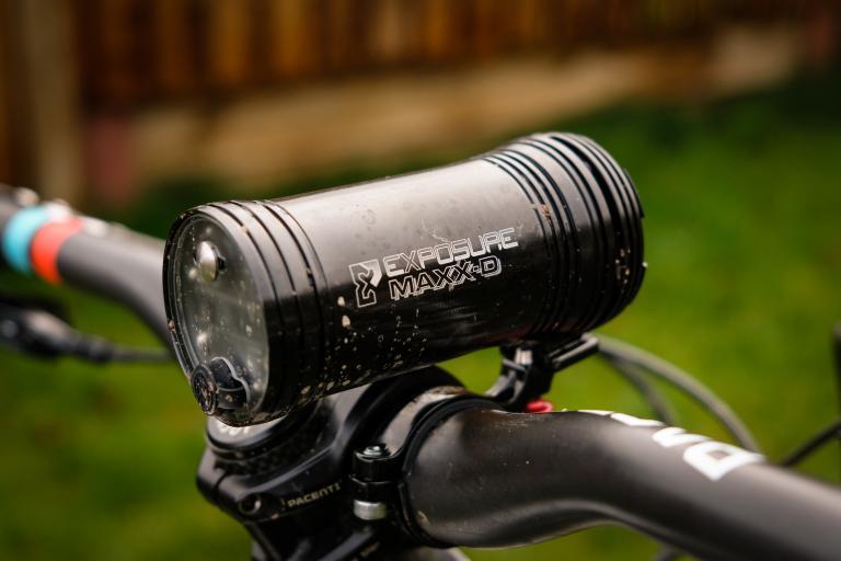 USE Exposure Maxx D Mk11 front light-2