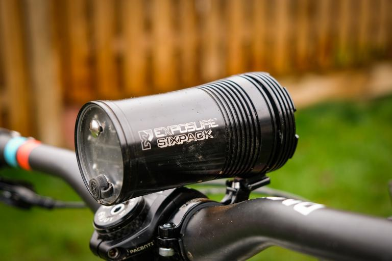 USE Exposure Six Pack Mk9 front light-1